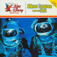 Front cover: 20,000 Leagues Under The Sea / 20,000 Leagues Under The Sea